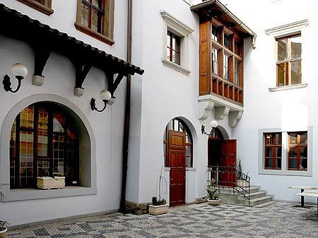Old Town Apartments - Prague Hotels Site